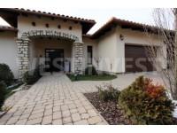 Современный дом -  высокого качества на побережье Балатона